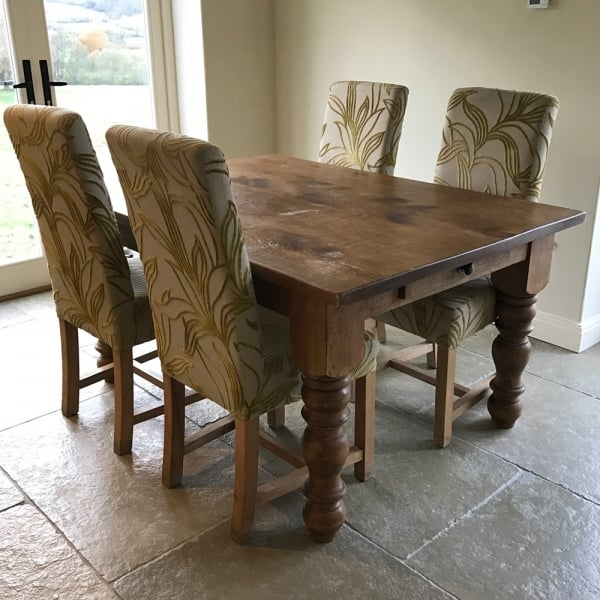 Plank Dining Table Ex Display Dining Table Curiosity Interiors
