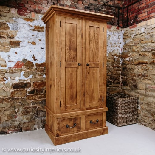 Devonshire Plank Wardrobe with Drawers