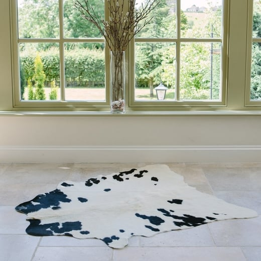 Hanlin Black and White Medium Cowhide Rug