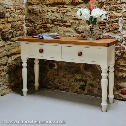 Hardwick Console Table