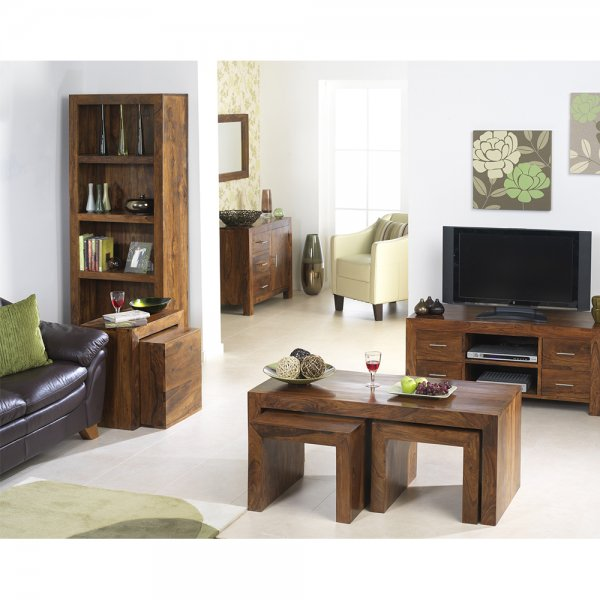 Rustic Modern Coffee Trunk Finish In Sheesham Wood?Bedroon And Living