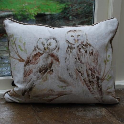 Voyage maison wise owls linen cushion vogage maison for Au maison cushions uk